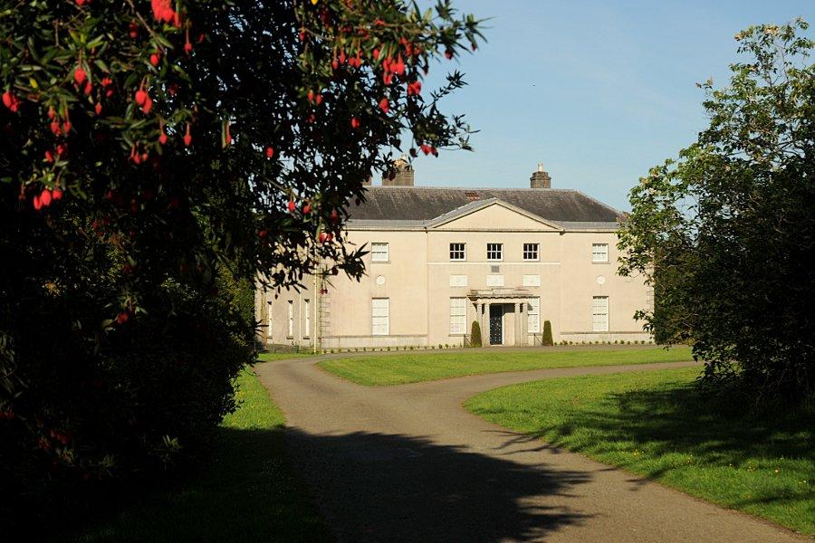 Avondale house the glenmalure lodge for Avondale house